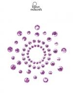Bijoux de Seins Strass Violet Bijoux Indiscrets Mimi - 2 bijoux de seins réutilisables en strass violet pour sissy à poser autour de votre téton : forme une superbe corolle qui met en valeur votre mamelon et vous rend encore plus féminine. Base transparente et adhésive qui colle à la peau par pression.