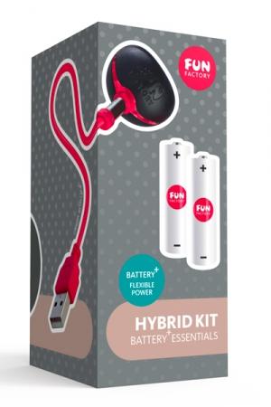 Hybrid Kit pour Sextoy Fun Factory Battery Plus - Transformez votre sextoy à pile Fun Factory en sextoy rechargeable avec l'Hybrid Kit pour sextoys Fun Factory Battery Plus ! Il se compose de 2 piles rechargeables haute performance et d'un chargeur USB aimanté. Ecoresponsable, puissant, pratique.