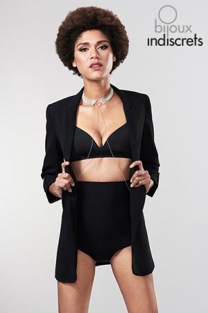 Collier et Chaine de Taille en Mailles Métalliques Argentées - Collier argenté et chaine de taille assorti pour une sissy élégante et qui aime briller en société.