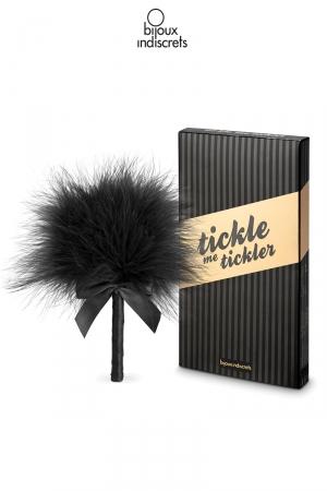 Plumeau SM Noir Bijoux Indiscrets Tickle me Tickler - Petit plumeau noir élégant pour caresser le corps du soumis, l'agacer, le chatouiller et tester sa résistance