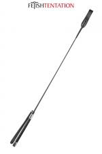 Cravache noire - Fetish Tentation - Cravache SM noire 71 cm de long,avec poignée fine antidérapante aux extrémités métallisées.