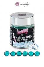 6 Boules Brésiliennes Rafraichissantes et Lubrifiantes Secret Play : 6 boules brésiliennes rafraichissantes et lubrifiantes pour une sodomie confortable mais une éjaculation retardée. Les Brazilians Balls fondent et libèrent une huile hydratante effet frais. Fabriqué au Brésil par Secret Play.