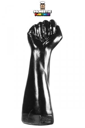 Poing fermé Fist of Victory - Un gode de 26 cm par 9 cm spécial fist-fucking extrêmes, pour amateurs de dilatations et dildos hard. Fabriqué en PVC non toxique, ce méga gode en forme de poing et bras va vous fister comme jamais.