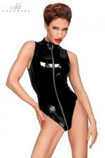 Body Vinyle pour Sissy avec Zip Intégral Noir Handmade - Body sans manches pour sissy salope, fabriqué en en vinyle avec triple zip intégral. Dévoile vos fesses et vous fait une chatte anale irrésistible. Pour une travestie très chaude qui veut de la bite.