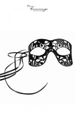 Masque pour Sissy Faire Hommage Fragile : Masque coquin pour sissy fabriqué à la main en cuir d'agneau. Décoré de cristaux Swarovski, ce masque haut de gamme pour travestie est moulé pour garder sa forme. Réglable grâce à son lien en satin.