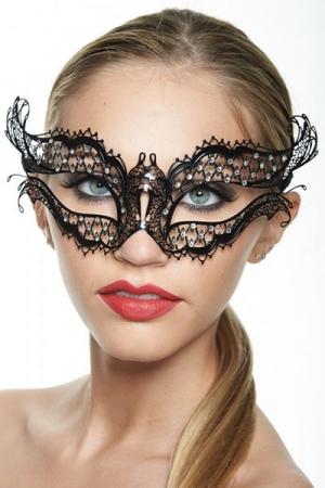 Masque Vénitien Pour Travesti Queen 2 - Masque vénitien fantaisie pour travesti : il vous transforme en une belle reine mystérieuse et sensuelle. Ce masque papillon est fabriqué en métal incrusté de strass.