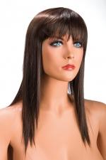 Perruque Chatain Longue World Wigs Allison - Longue perruque châtain en cheveux synthétiques aussi réalistes que des cheveux naturels. Coupe effilée et frange longue pour une féminité plus forte. Perruque à prix mini, par World Wigs
