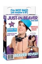 """Poupée Just In Beaver - Ah Just In .. Venez mettre """"Juste un doigt"""" ou un peu plus à ce jeune minet ! Sa poupée est équipée d'un pénis gonflable de 17 x 4 cm, vous pourrez aussi honorer son anus & sa bouche."""