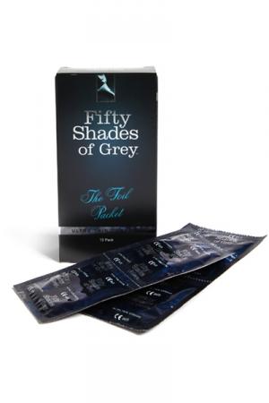 12 Préservatifs Ultra Minces Fifty Shades of Grey The Foil Packet - The Foil Packet, 12 préservatifs ultra fins en latex de la collection Fifty Shades of Grey. Extra lubrifiés, confortables et testés électroniquement, conformes aux normes européennes (CE)