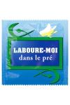 Préservatif Laboure Moi Dans Le Pré - Pour les mecs avec de l'humour, les bourrins et les fans d'exhib champêtre, ce préservatif made in France en latex premium est une ode au bonheur ! Fabriqué par Callvin. Respecte les normes françaises et européennes.