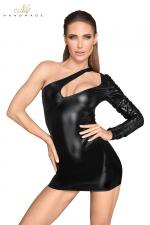 Mini Robe Sissy Asymétrique Noir Handmade Rebellious : Mini robe sissy asymétrique Noir Handmade Rebellious fabriquée en wetlook et faux cuir laqué. Unique manche froissée, décolleté unique pour une robe provocante qui vous change en Reine des Sissys !