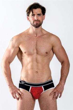 Slip Mister B URBAN Castro rouge - Brief Mister B, collection Urban, top confort, avec une pochette pour mettre en valeur vos atouts masculins.