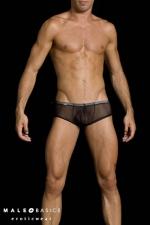 Slip Shorty Transparent et Moulant MaleBasics : Slip shorty en résille transparente et moulante. Confortable, il souligne vos fesses et votre sexe. Ce slipgay à la coupe sportswear est proposé en noir, rouge, et turquoise.