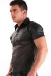 Polo Imitation Cuir - Polo imitation cuir à pression : il moule votre corps avec sa couleur noir mat et mets vos muscles en valeur !