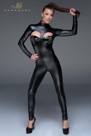 Combinaison Sissy Moulante en Wetlook Noir Handmade - Une combinaison moulante avec ouverture intime sur votre chatte anale, votre clito et vos seins. Disponible du S au XXXL. Fabriqué dans un wetlook moulant et confortable par Noir Handmade, collection Muse, F149