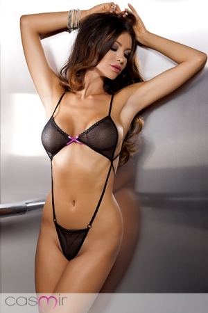 Body Sexy Ajouré pour Travesti Casmir Erica - Ce body est très provoquant, il est moulante avec ses sangles élastiques et réduit à sa plus simple expression : un soutien gorge et un stringa ajourés qui font mine de cacher vos atouts ! Une sensualité et un érotisme vertigineux !